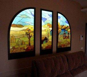 интерьер украшенный стеклом