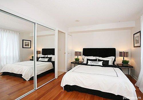 зеркала в маленькой спальне