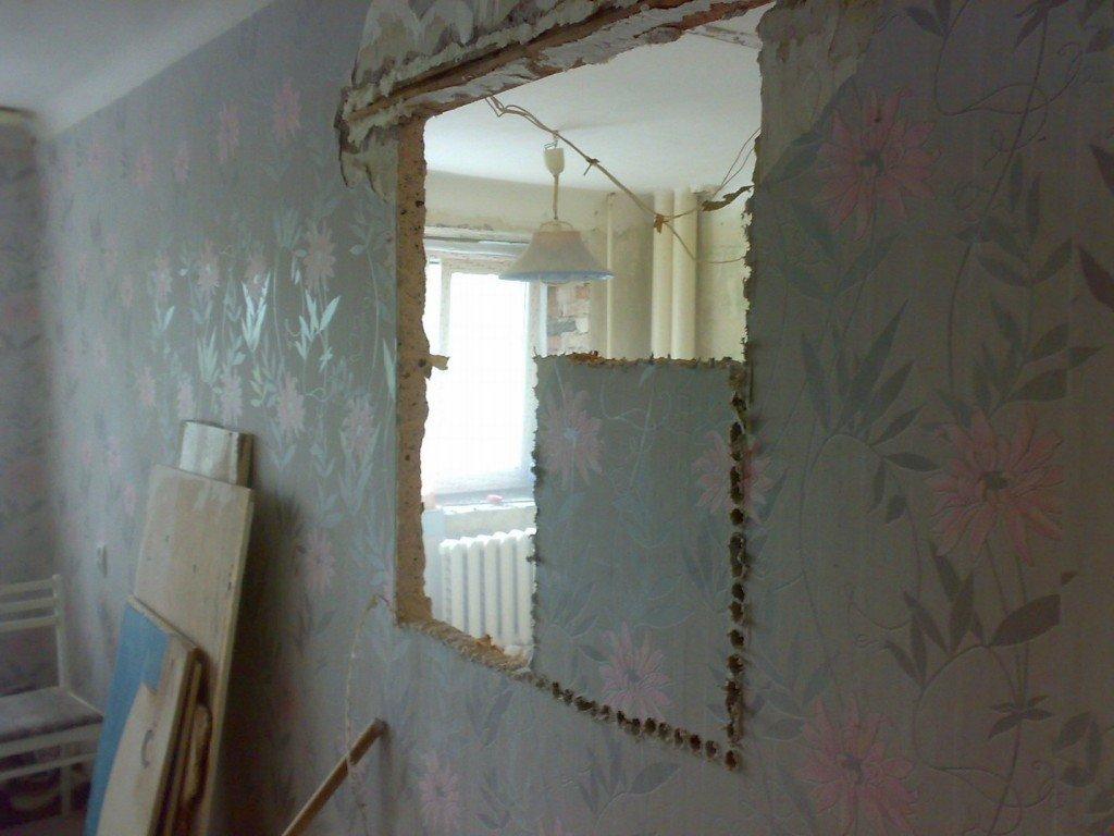 стена в комнате