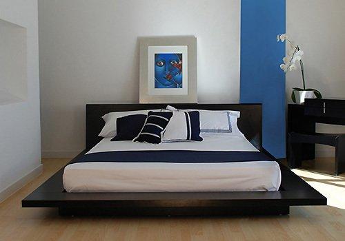 идея минимализма в маленькой спальне