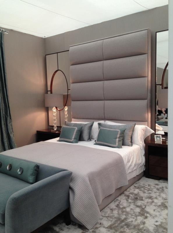 Правильное расположение зеркал в современной спальне