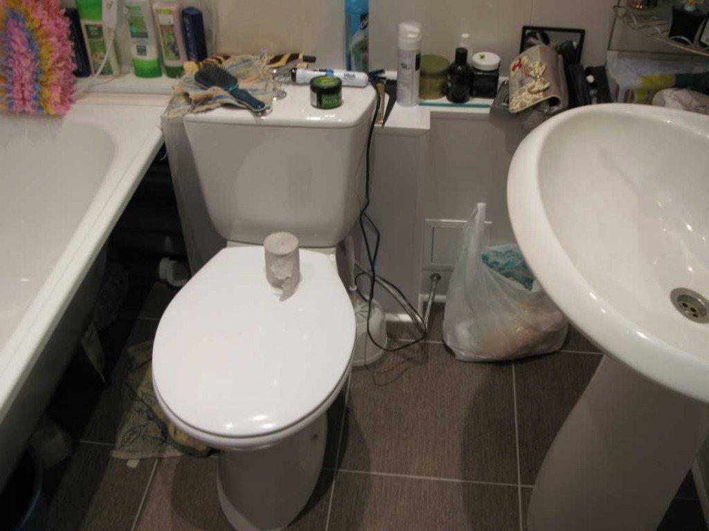 установка сантехники в маленькой ванной