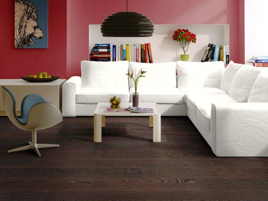 цвет мебели в интерьере с темными полами