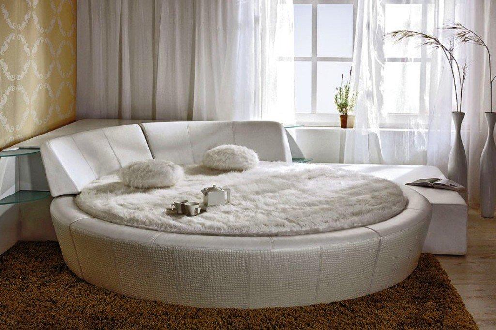 каркасная кровать