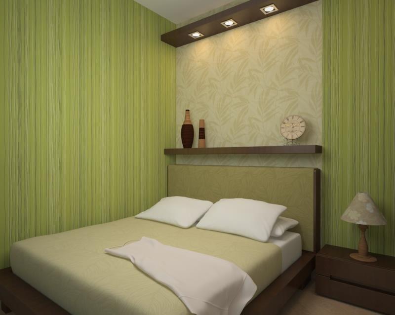 Кровать прижатая к стене