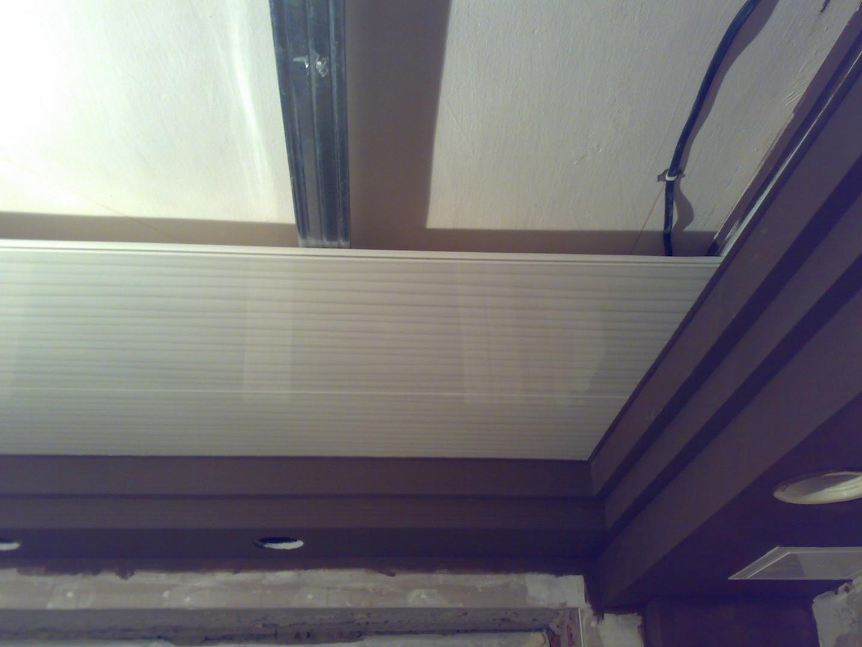 панели потолка на кухне