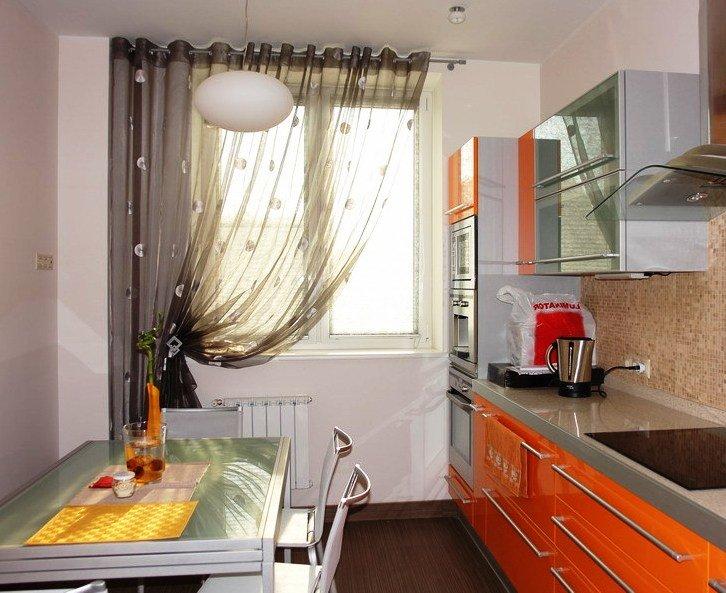 Шторы для светлой кухни