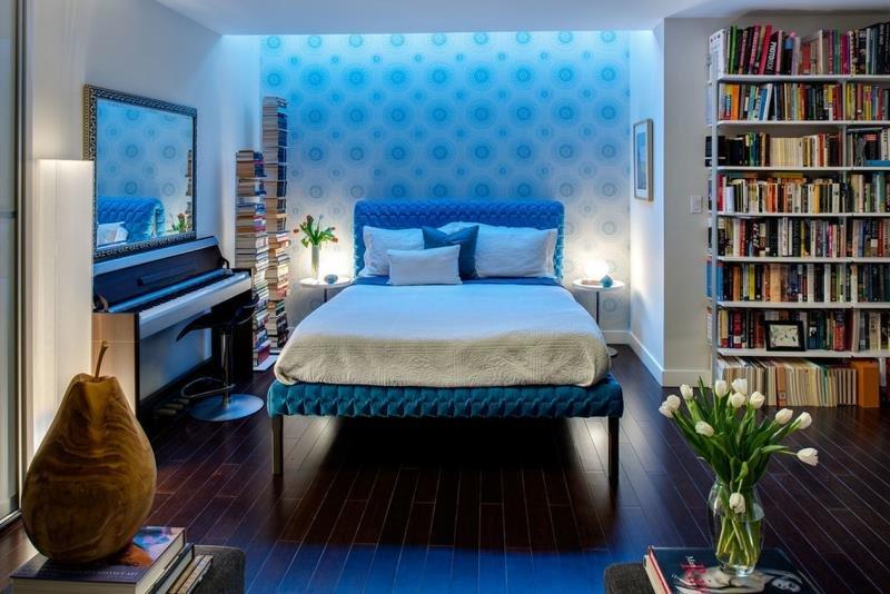Спокойствие неба в современной спальне