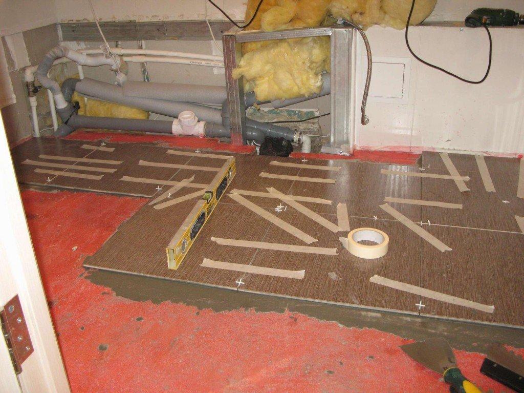 второй ряд плитки в ванной