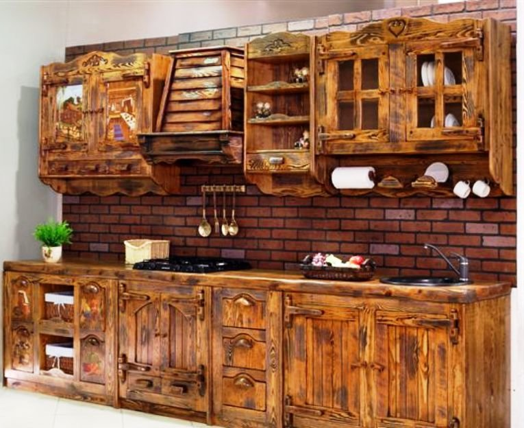 кухонные фасады из состаренного дерева