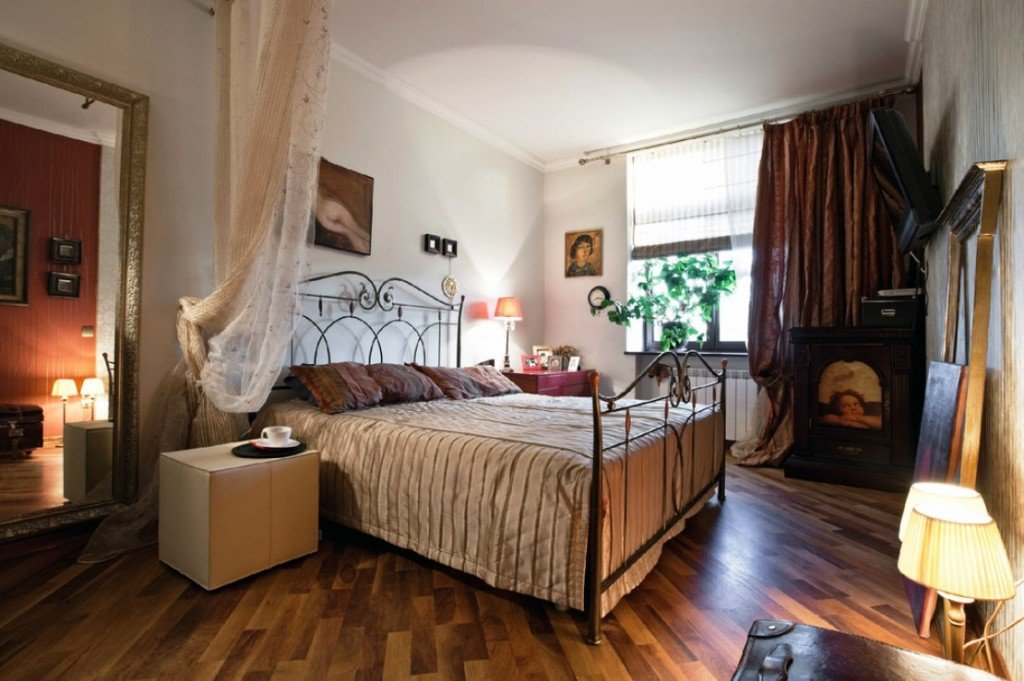 выбираем стиль спальни «под старину»