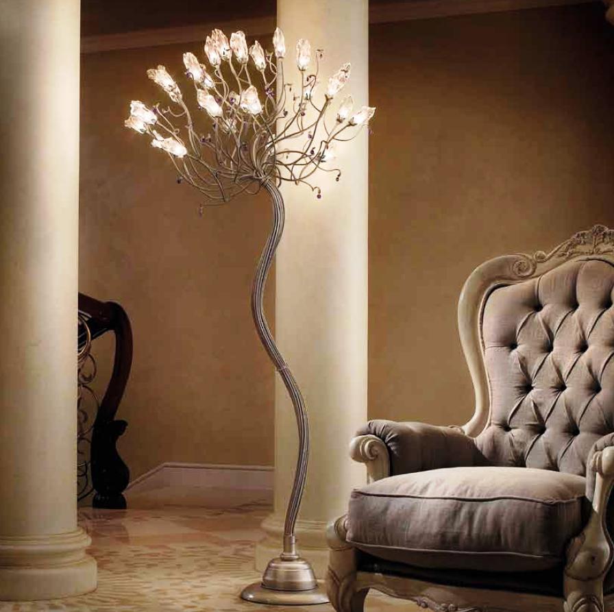 Декоративный торшер – для создания «пятна света»