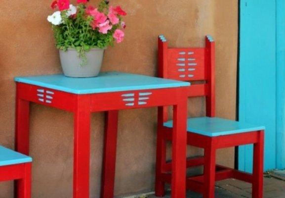деревянная крашенная мебель