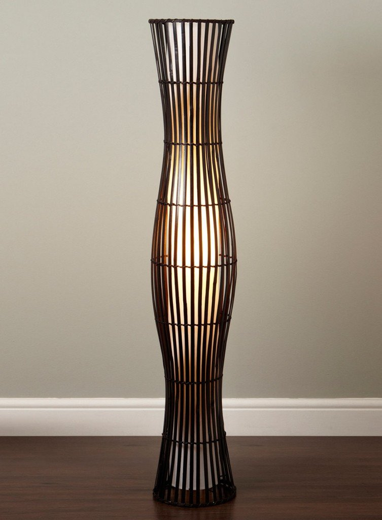 напольный светильник из ротанга