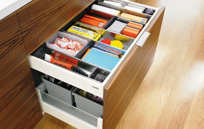 выдвижные ящики для хранения бытовой мелочи
