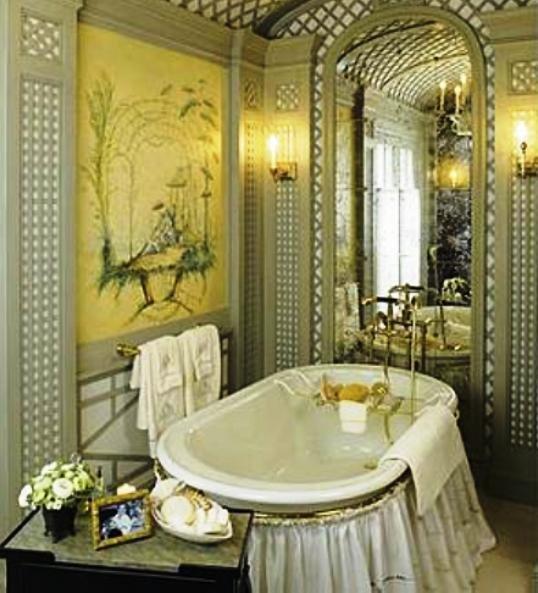 тканевая занавеска укрывающая пространство под ванной