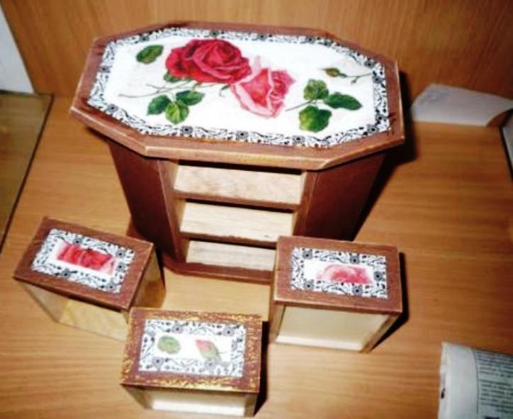 декорирование деталей комода