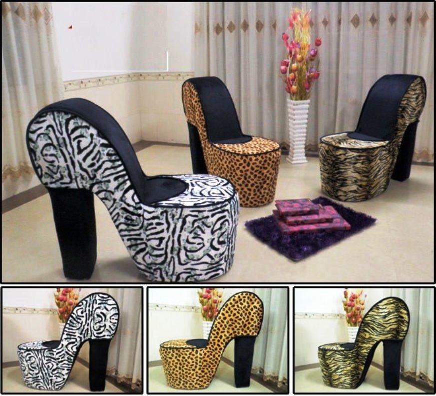 кресла в форме туфель