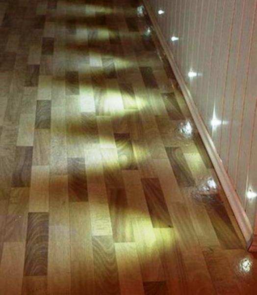 ориентирующая подсветка коридора