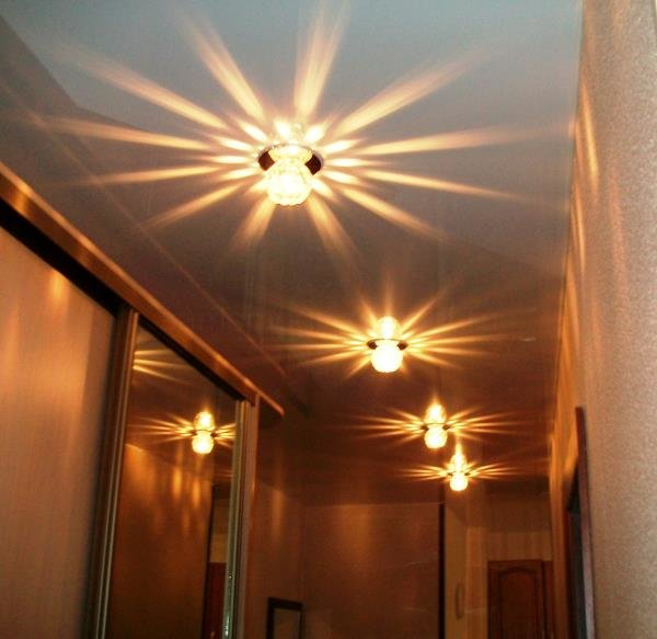 точечные источники света для прихожей